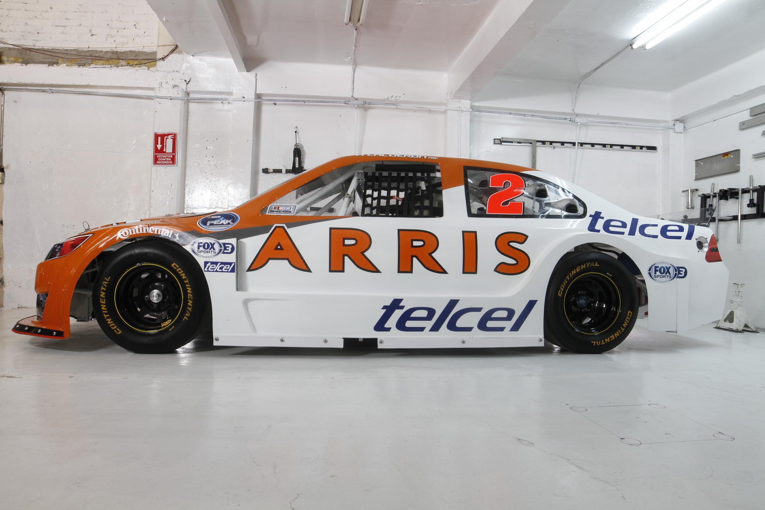 ARRIS RACING presenta su alineación de pilotos para NASCAR PEAK ...